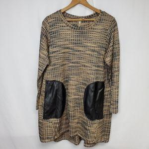 Comfy USA striped pocket tunic